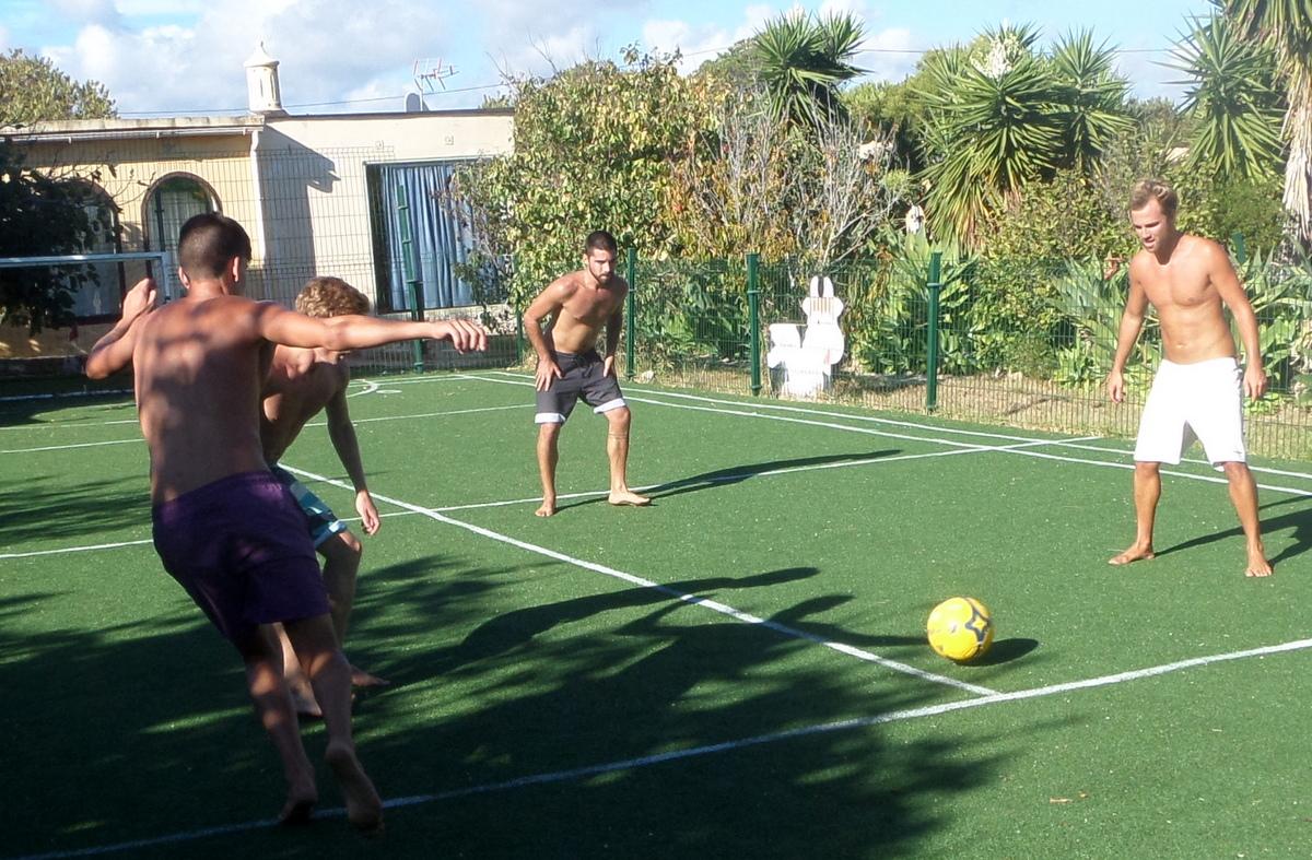 3 gegen 3 Zavial Surf Camp Beach Quinta Al-GHARB